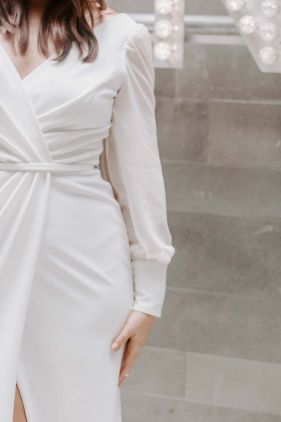 NIKKI CURVE– Brautkleid