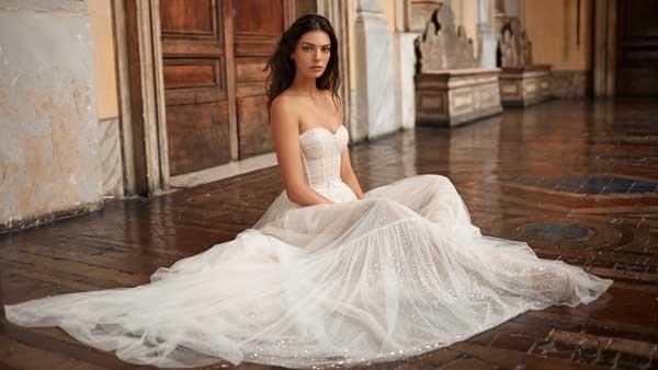 Brautkleid_Gali_Karten_IamYours_trunkshow_Hochzeitskleider_Duesseldorf_Dezember_Kollektion