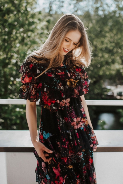 APRIL – florales Midi-Kleid