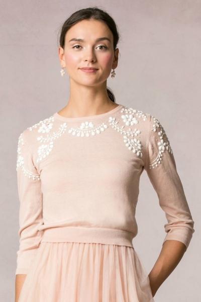 JENNY YOO Pullover 'MILLIE' mit Perlenbesatz in Blush