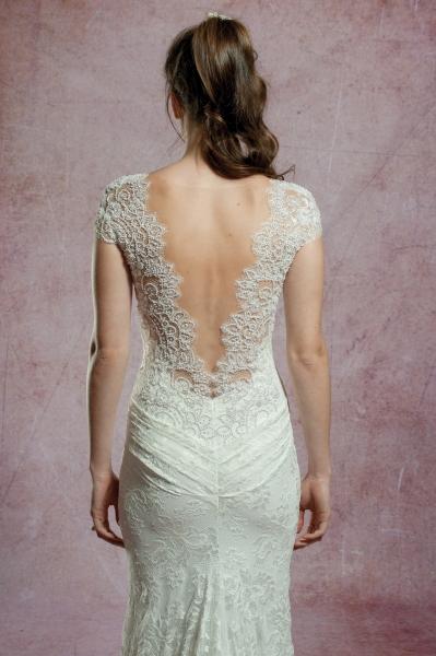 2570 – Brautkleid