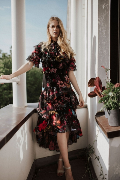 APRIL – florales Midi-Kleid