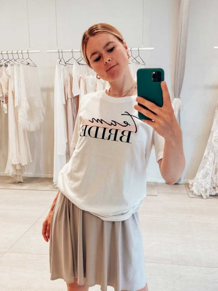 Team BRIDE – Bridal T-Shirt mit Print in ivory
