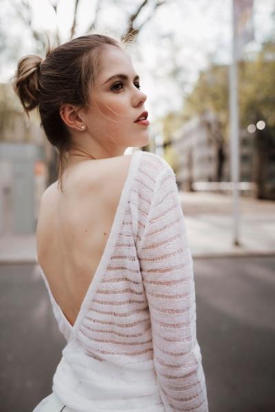 EVA - Cashmere Pullover mit Rückenausschnitt