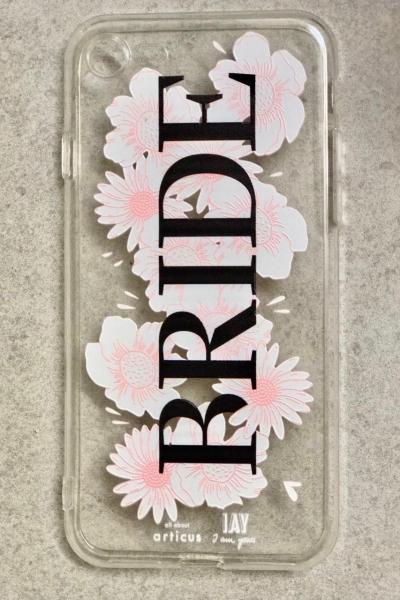 iPhone-Case 'BRIDE' mit Blumenprint