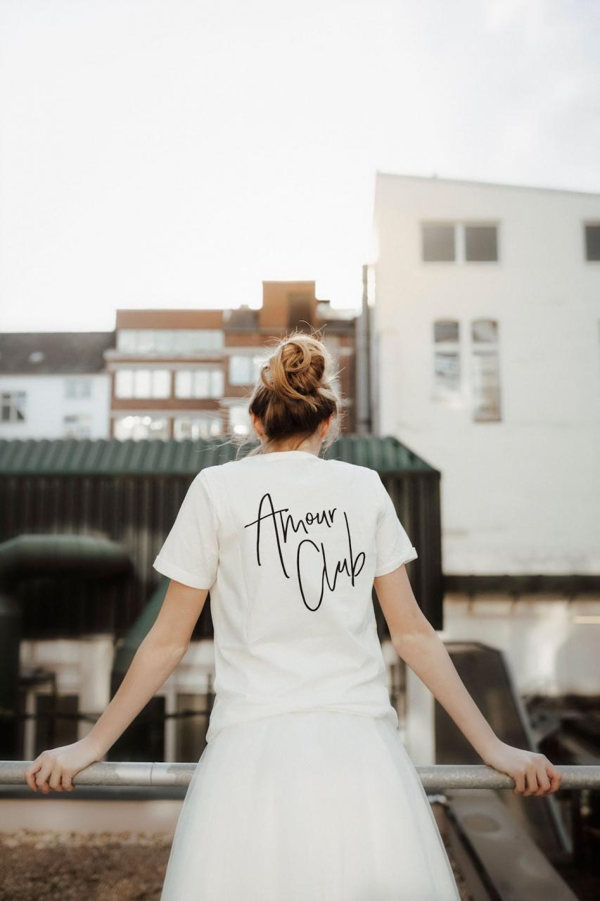 JE T'AIME/ AMOUR CLUB – T-Shirt in blanc de blanc