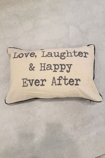 'Love Laughter and Happy Ever After' in creme/schwarz