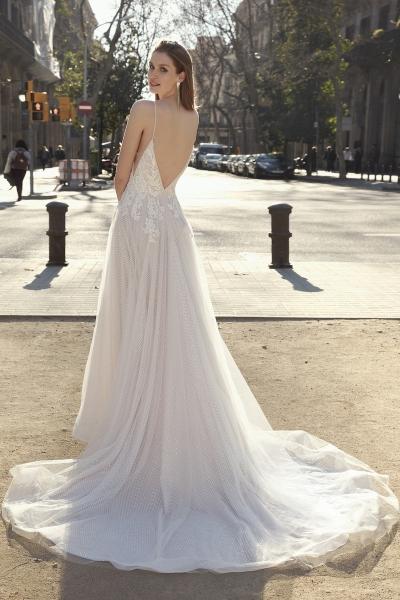 5700 – Brautkleid